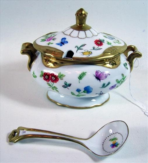 2011: Small tureen with spoon hand painted