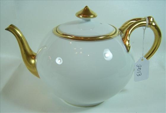 """2013: Tea pot gold trim - 6 1/2"""""""