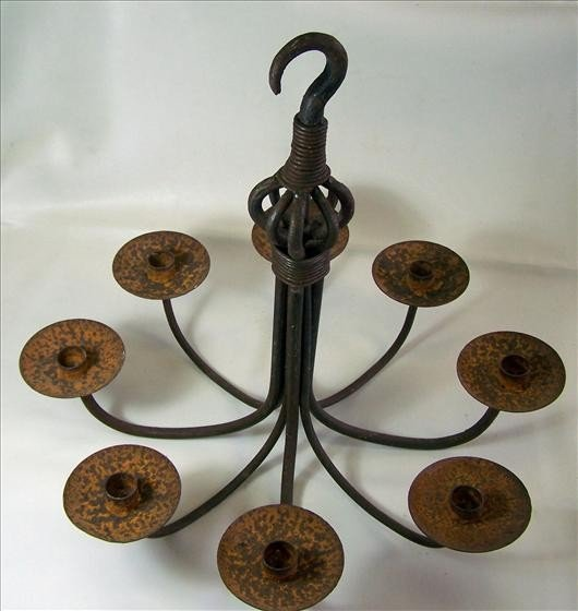 8018: Iron 8 arm non electric chandelier