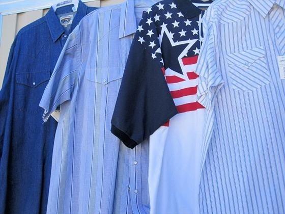1021: 4 Men's Shirts, Long & Short Sleeve