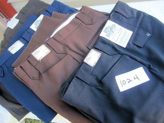 1024: 4 pr. Men's Slacks/Pants
