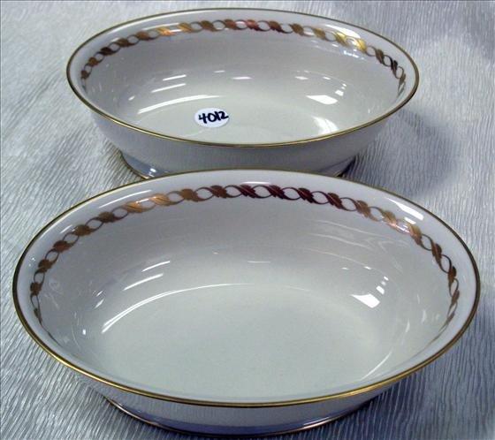 4012: 2 Franciscan China Serving Bowls