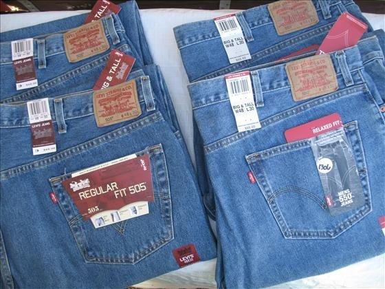 1306: 4 pr. Men's Levi's Demin Jeans