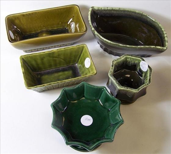 2011: 5 pc - pottery - Hull & McCoy