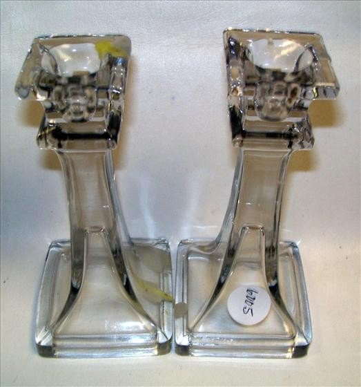 6005: Pair clear crystal candle sticks