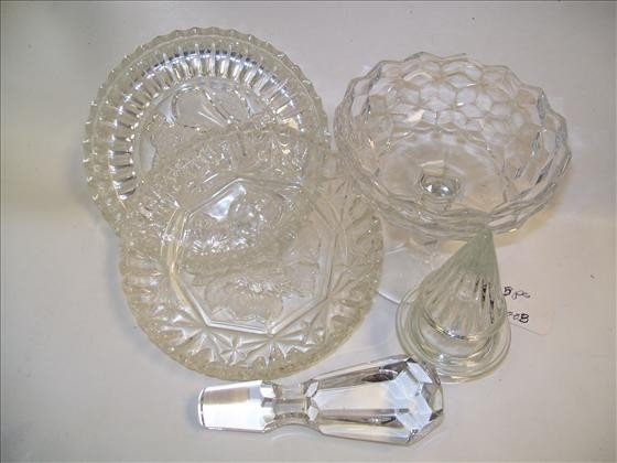 6008: 5 pc clear crystal pieces