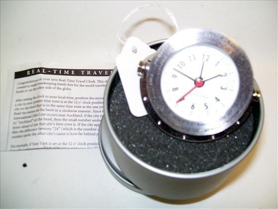 6022: Levenger Real time Travel clock