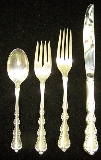 3008: Intl Sterling Silver Place Setting