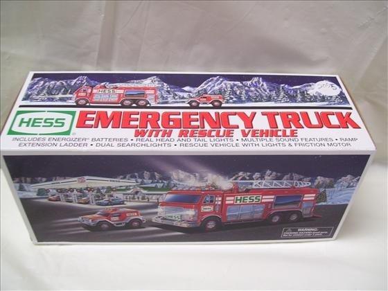 Hess Emergency Truck w//Rescue Vehicle 2005 NIB