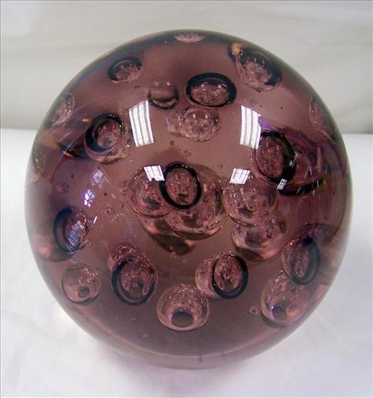 9002: Murano Purple paperweight