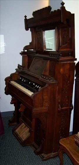 5011: Pump organ - 1750's Eastlake