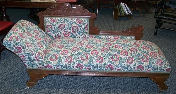5021: Fainting couch - Eastlake