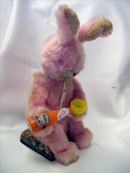 3012: Battery operated bunny rabbit toy
