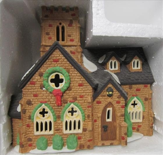 7012: Department 56 Knotting hill Church