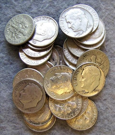3004: 25 Roosevelt Silver Dimes