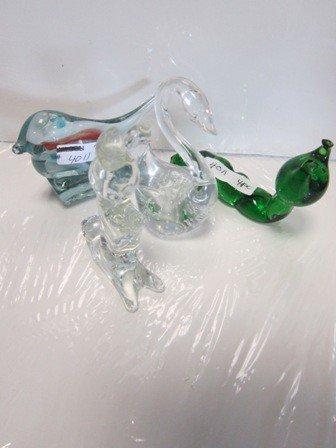 4011: 4 glass figurines