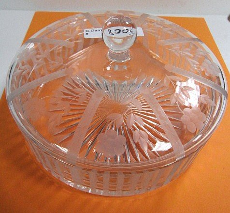 3008: Heisey covered dish - etched flowers