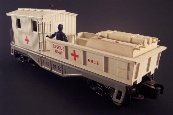 8002: Lionel 6814 Rescue Car