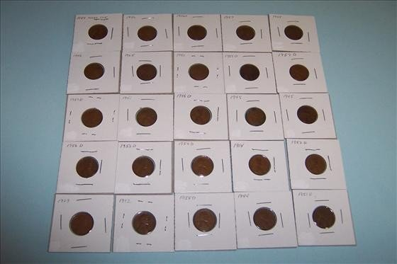 8011: Twenty Five Wheat Pennies