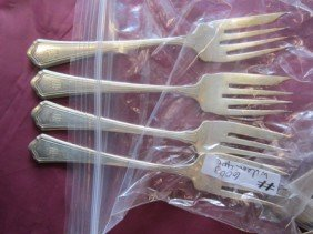 6003: 4 pc Sterling silver fish  forks-3.9