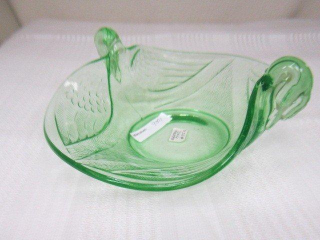 9001: Green Fenton Swan Console bowl