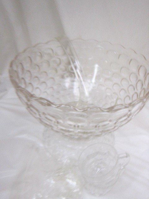 9017: Jubilee Punch bowl set