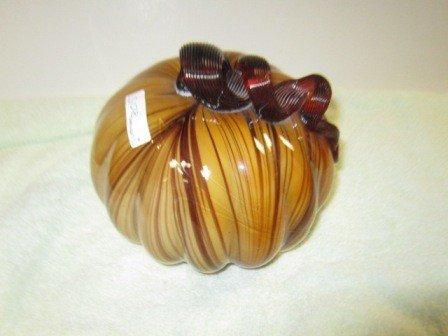 8015: Murano glass pumpkin