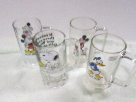 8023: 4 Mugs- Mickey mouse Donald duck