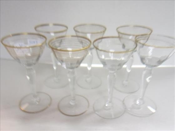 5004: 7pc- stems with gold bands- 5 1.2 tall-