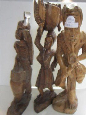 5006: 3 pc carved wood figures