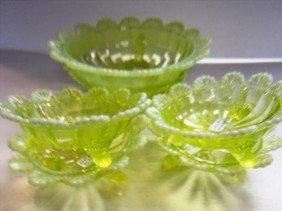 5101: 5 pc berry ser- Vaseline glass