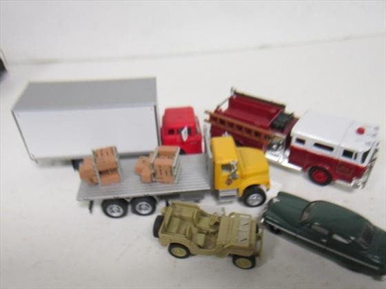 1709: Bag of cars and trucks