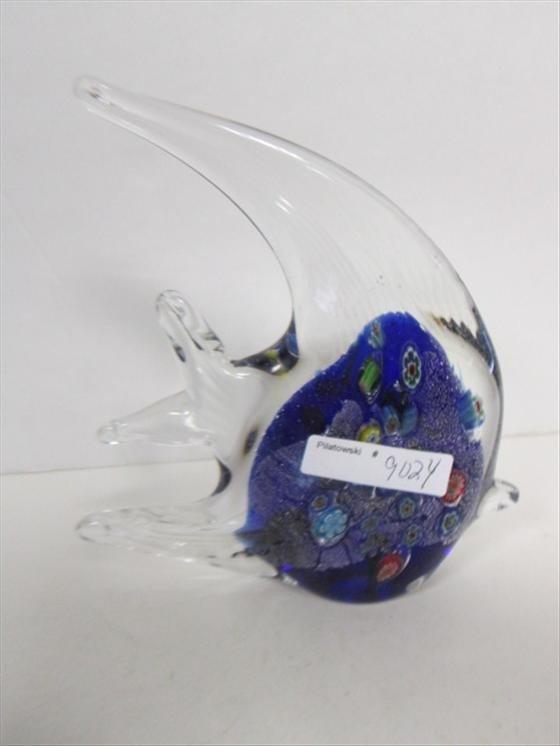 9024: Murano glass fish multi colored body