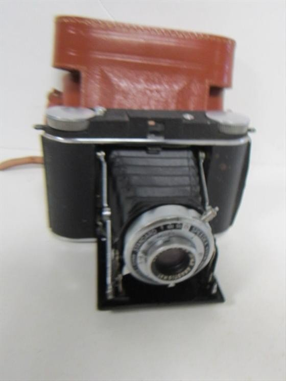 4023: Ansco camera in leather case