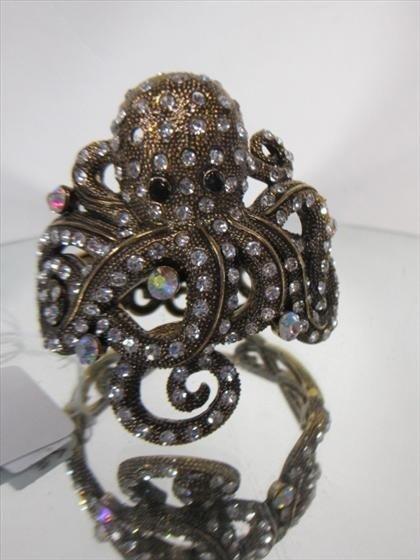 1158: Murano Glass - crystal bangle bracelet