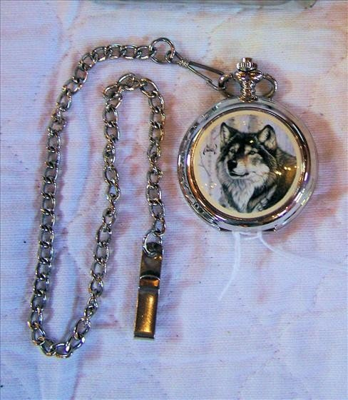 118: Wolf pocket watch - Avon