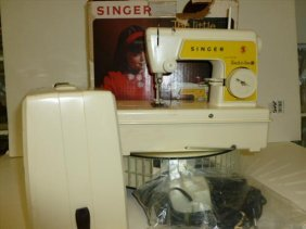 Little Singer Touch & Sew Sewing Machine