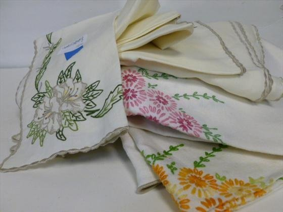 1813: 12 pc napkins and table cloth-embroidered