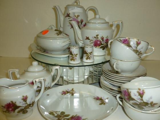 1827: 26 pc Childs tea set-Japan-flowers
