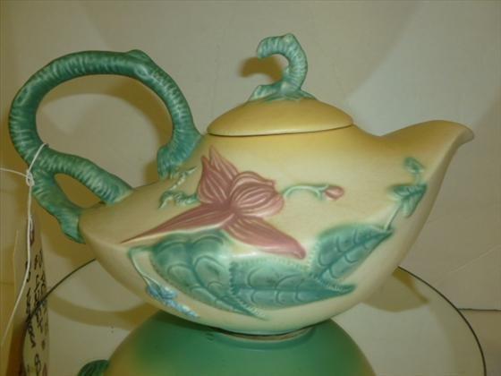 1831: Hull tea pot-#W-26-matt finish-Woodland