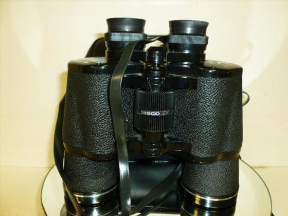 1870: Binoculars 10x50-288ft/1000yds-Tasco
