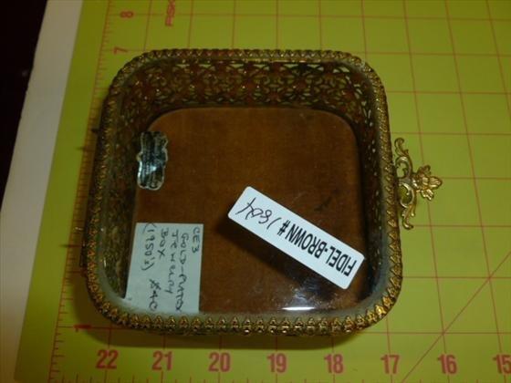 Jewelry trinket box gold tone