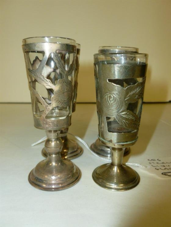 4 pc Sterling Liqueur glasses with glass inserts
