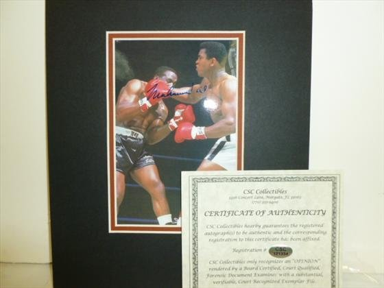 Matted picture Muhammad Ali-signed with COA