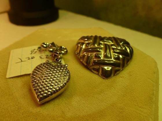 2 pc sterling pins heart design
