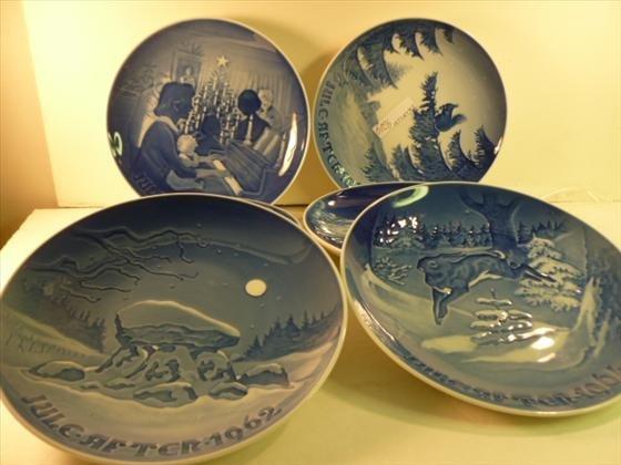 6 B&G  Denmark blue and white plates