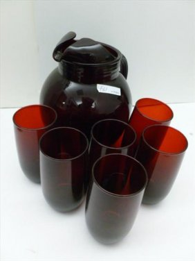 Ruby red glass and pictures set
