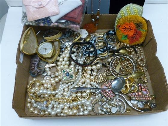 box lot of assorted jewelry