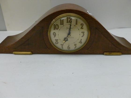 Antique electric mantel clocks