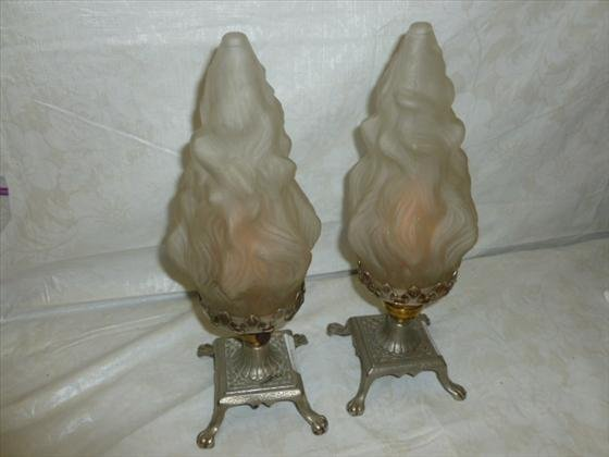 Pair lamps table top with flame shades